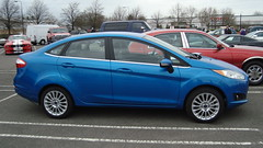 hatchback(0.0), automobile(1.0), supermini(1.0), vehicle(1.0), ford fiesta(1.0), land vehicle(1.0),
