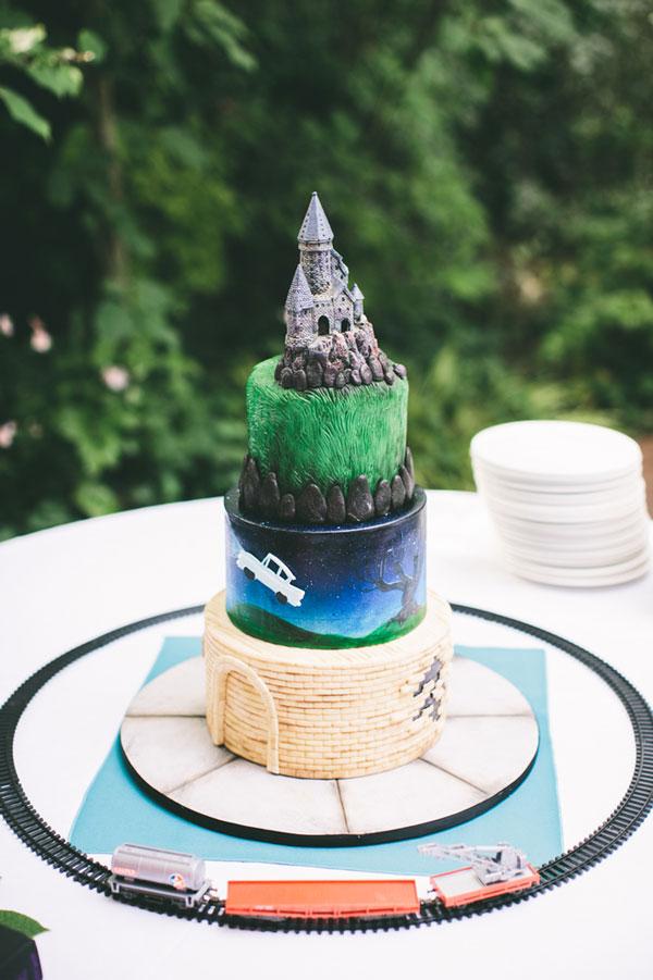 Book Themed Wedding Cake