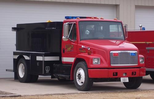 county fire clinton iowa ia volunteer tanker welton dept freightliner fl70