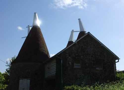 Another oast house - this one's at Ightam Mote
