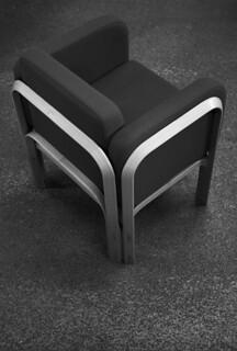 "jørn utzon, architect: ""new angle"" chair for fritz hansen, laminated beech c. 1967"