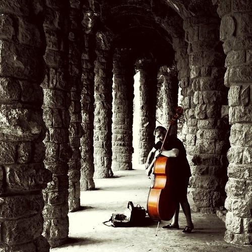 Musicians in Park Güell
