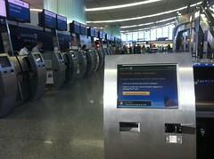 United self check-in kiosk
