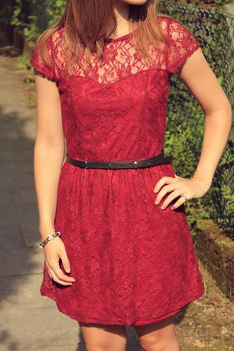 vestido rojo encaje