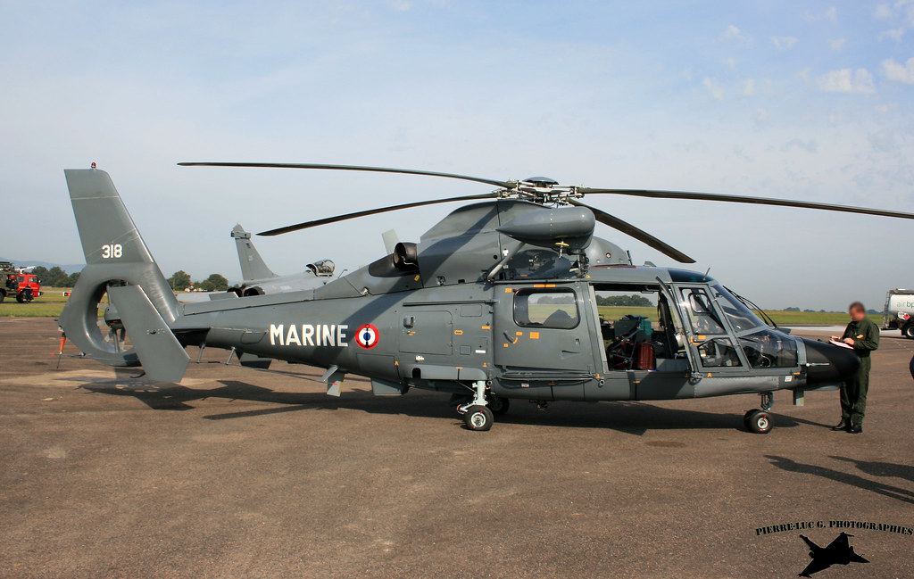 Eurocopter SA365F Dauphin 9728016631_74ccb4a5f2_b