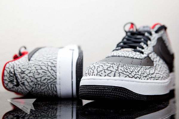 Nike Air Force 1 ID x Supreme