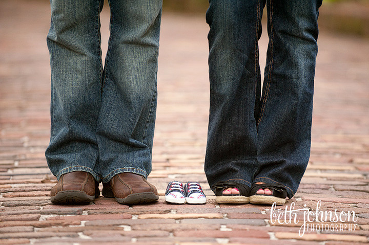 tallahassee maternity photography baby shoes