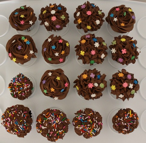 Mini chocolate cupcakes - 2