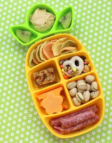 Nibble Tray on the go snack