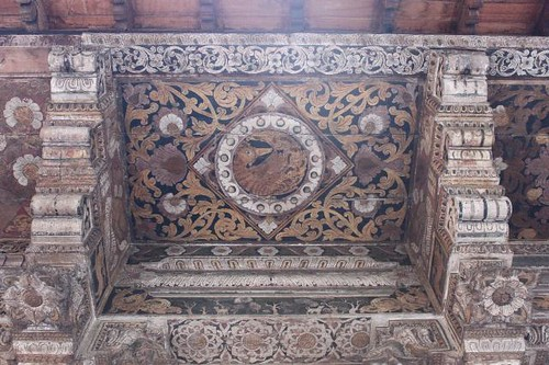 20130117_7509_old-painted-ceiling_Vga