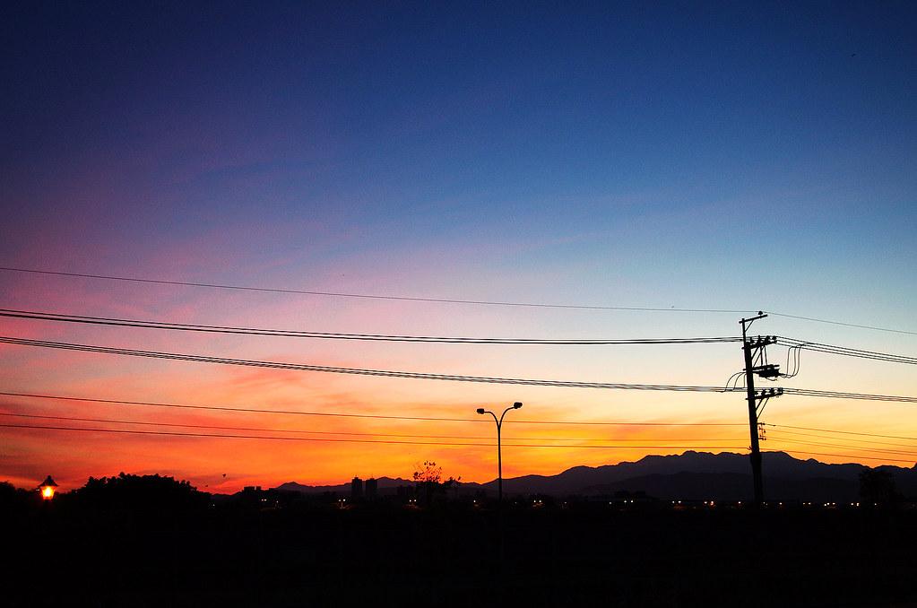 昨夜的雲湧與七彩的今晨~