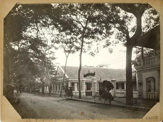 Hanoi (1896-1900) S. Géographique : entrée, rue de la Concession (nay là đường Phạm Ngũ Lão)