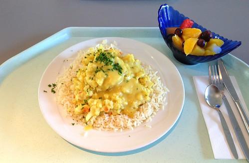 Gratinierter Blumenkohl mit Reis & Tomaten-Currysalsa / Coliflower au gratin with rice & tomato curry salsa
