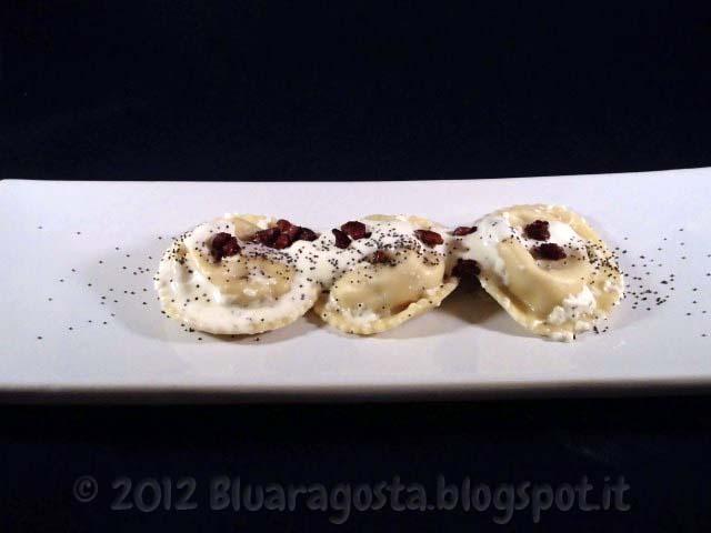 2-ravioli d'oca affumicata conditi con burrata