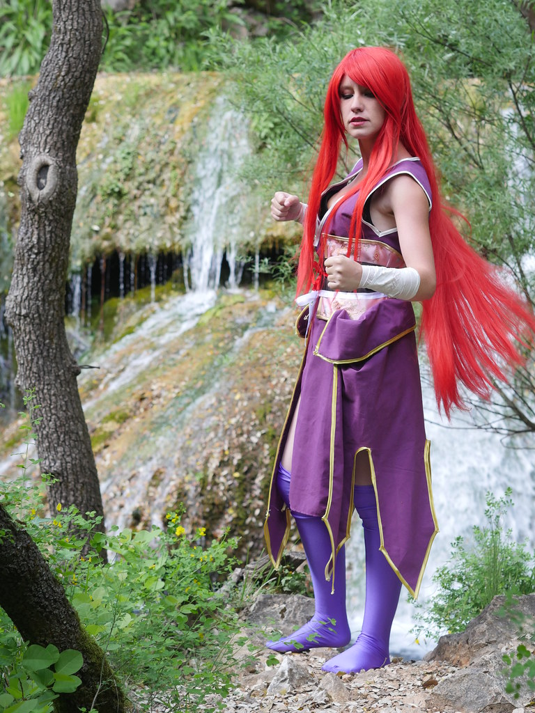 related image - Shooting Erza Scarlet - Robe de Yuen - Fairy Tail - Montferrat - 2015-05-15- P1080648