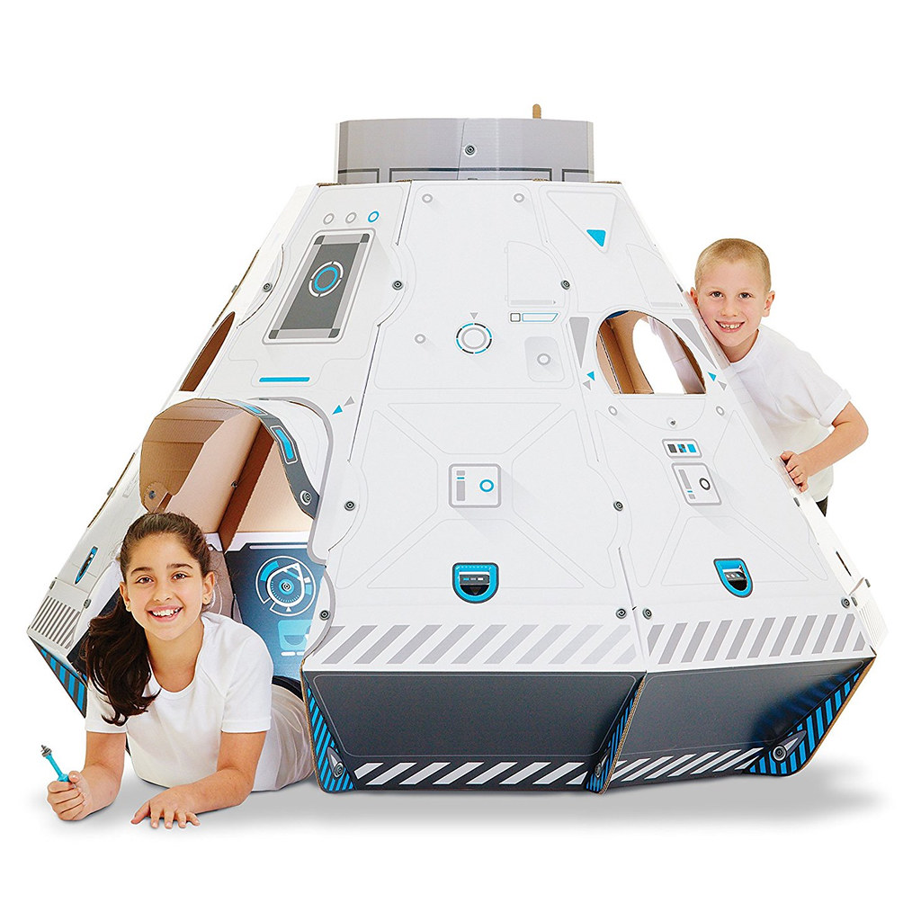makedo-cardboard-construction-space-pod-1