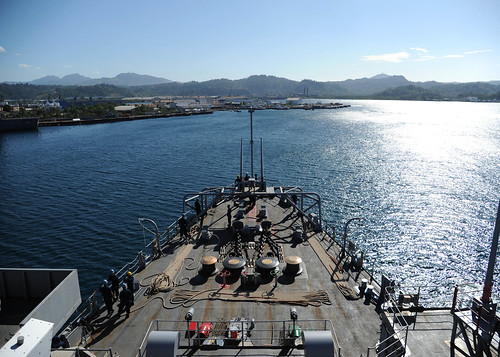 The Austin-class amphibious transport dock USS Denver (LPD 9) transits into Subic Bay to conduct a port visit.