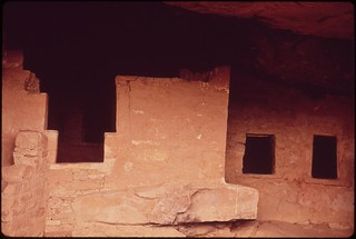 Cliff Palace is the largest remaining village of the pre-Columbian Indians..., 05/1972.