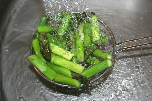 17 - Spargel abschrecken / Drain asparagus