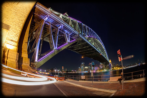 Vivid Sydney 2013: Colour the Bridge by 32 Hundred Lighting
