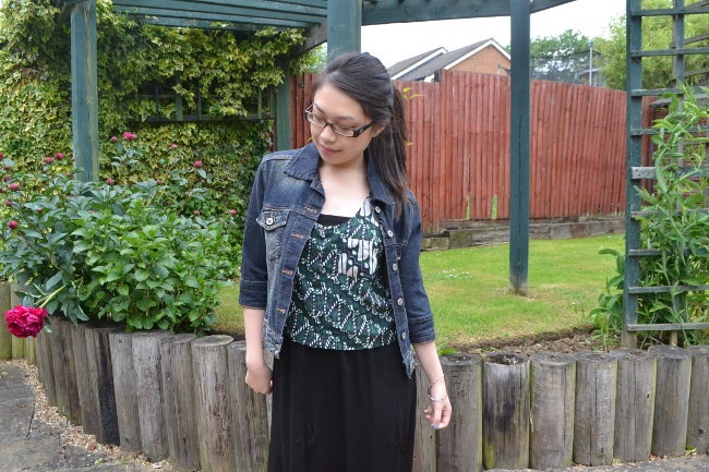 Daisybutter - UK Style and Fashion Blog: what i wore, how to wear maxi dresses, tribal print, ootd