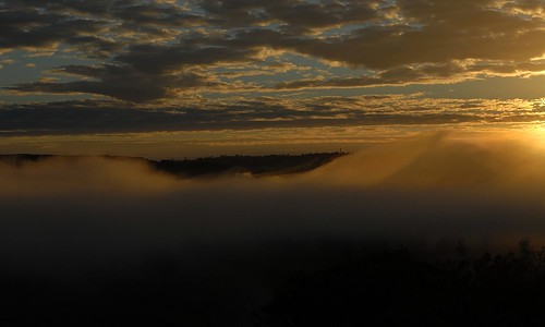 sky nature fog sunrise countryside scenery australia nsw australianlandscape cloudscape stratus northernrivers valleyfog morninglandscape australianweather wilsonsrivervalley
