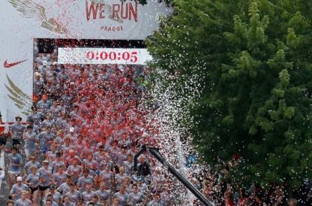 We Run Prague má překvapivého vítěze, v cíli přes 8000 běžců