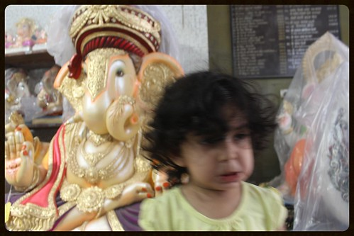 She Was Feeling Scared To Shoot Bappa - But She Did Nerjis Asif Shakir 2 Year Old by firoze shakir photographerno1