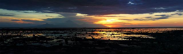 Crepúsculo Sobre Bali