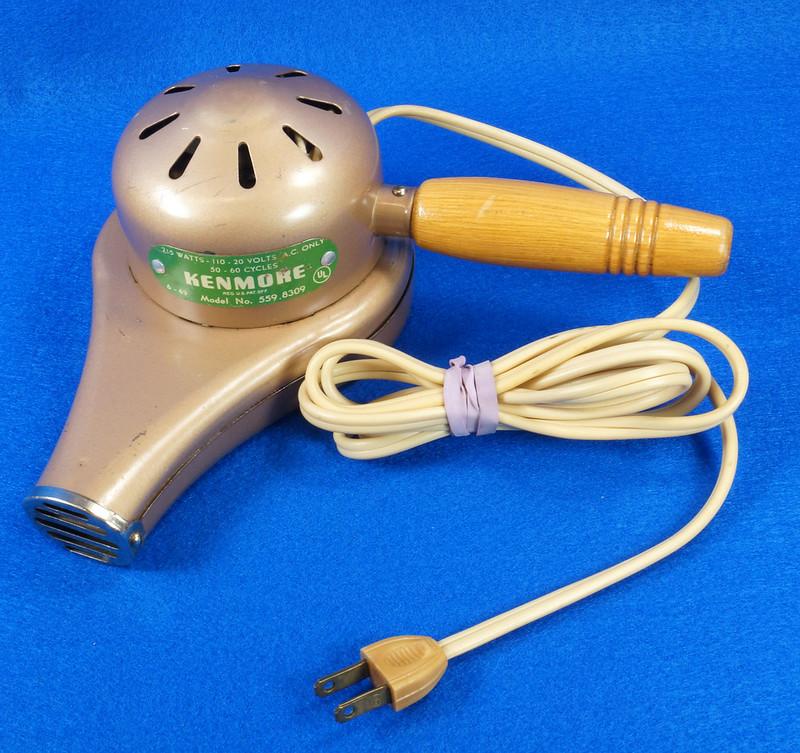 RD14519 Vintage 1949 Mid Century Kenmore Electric Hair Dryer # 559 8309 Wood Handle DSC06208