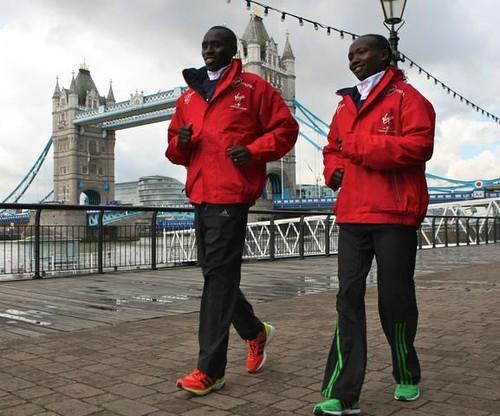 Emmanuel Mutai y Mary Keitany en el Maratón de Londres 2012
