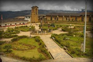 plaza-mayor-jalca-grande-amazonas-peru