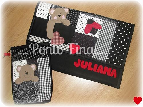 ...Capa para notebook em patchwork... by Ponto Final - Patchwork