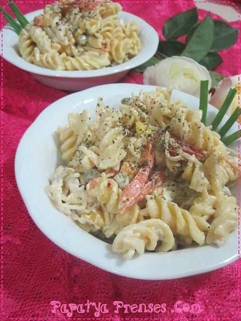 sebzeli makarna salatası (9)
