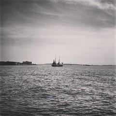 #sea #hudson #sail #cruise #nyc #lowermanhattan #manhattan #city #citylife #
