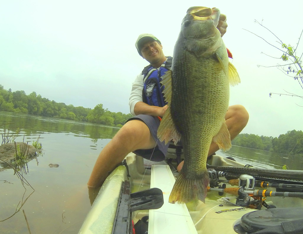 10lb kayak fishing tournament bass caught by Drew Gregory