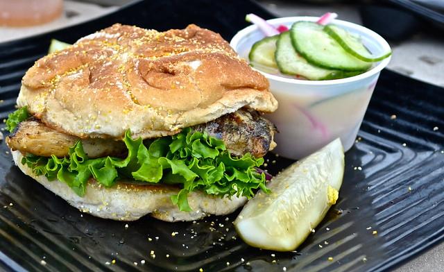 grilled chicken sandwich, newport restaurant