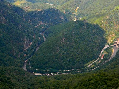 沿著日烏河(Jiu River)旁的道路,可抵達羅馬尼亞最新成立的國家公園。(來源:Classic Bucharest)