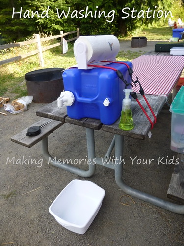 Camping Hand Washing Station from Making Memories with Your Kids.