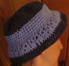 T-Shirt Tarn Bucket Crochet Hat