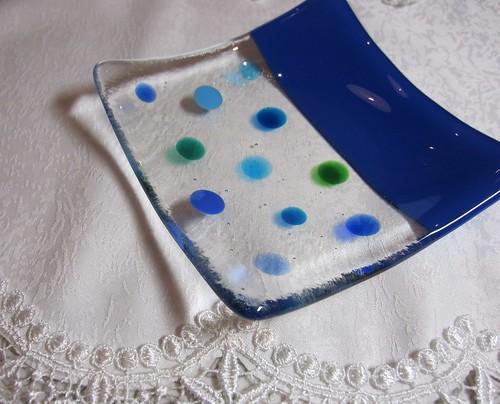 水玉の角皿(123㎜x123㎜)・・・ブルー by Poran111