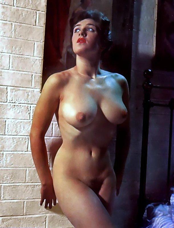 Alicia silverstone leaked nude celeb pics