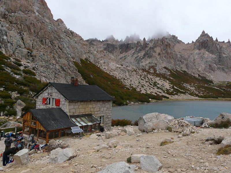 Refugio Frey et Laguna Toncek