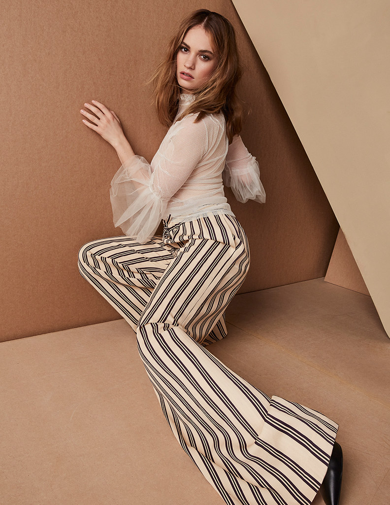 Лили Джеймс — Фотосессия для «Elle» UK 2016 – 3
