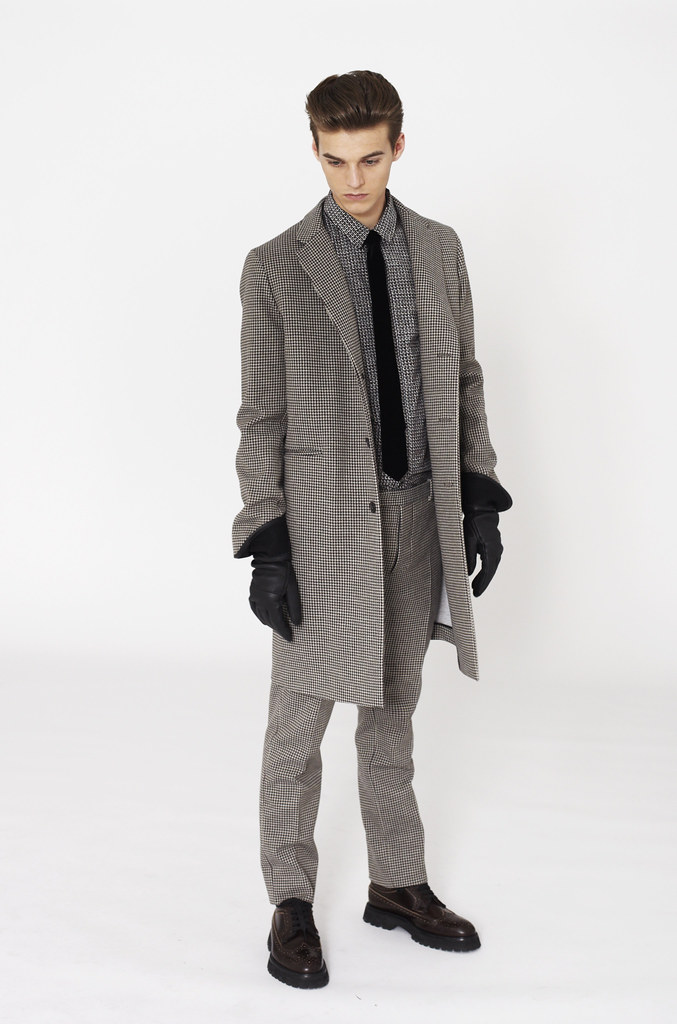 Robbie Wadge0506_Marni F​W12 Lookbook(Fashionsito)