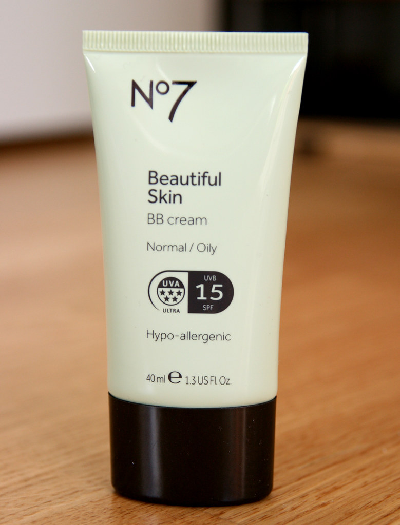 No7 beautiful skin normal-oily BB cream