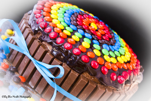 M & M and Kit Kat Cake