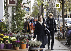 Frauen und Blumen
