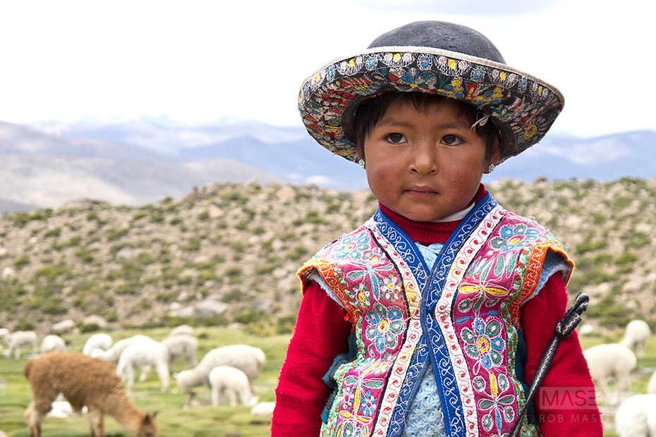 'Cute as a button' Peruvian girl.
