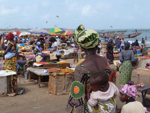 Foto del mercado de Tanji (Gambia)